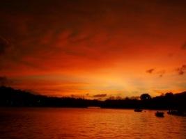 夕陽燃える…_a0043520_4361316.jpg