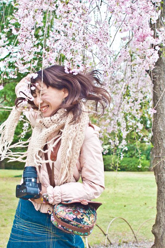 枝垂れ桜[昭和記念公園の桜]_d0214541_2226396.jpg