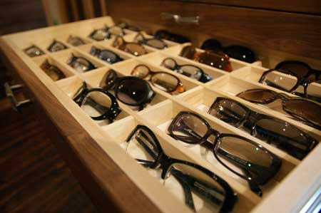 眼鏡ディスプレイ!_b0202950_12155836.jpg