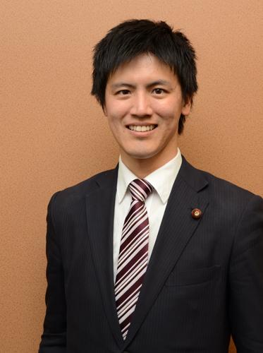 民主党を見限り総理を目指す!30歳の若手現職議員インタビュー_e0171573_050248.jpg
