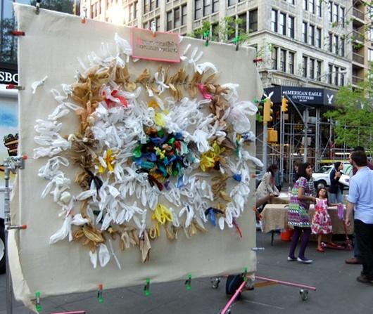 アース・デーにちなんだニューヨークの街角アート_b0007805_6534771.jpg