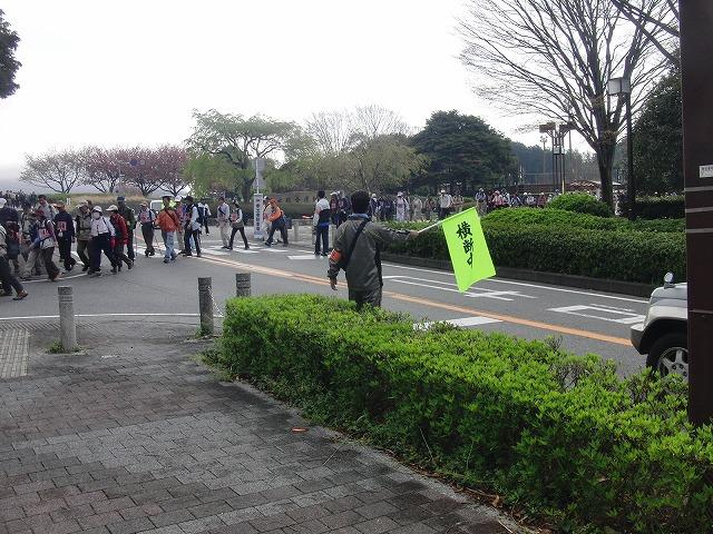 新緑の茶畑を楽しむ「第34回 富士ふれあいウォーク」_f0141310_7494878.jpg