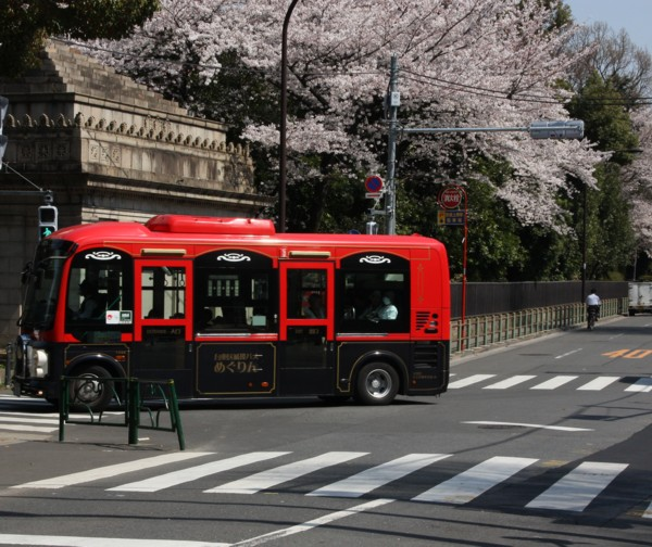 シティバスは街の飾り_f0055131_18494911.jpg