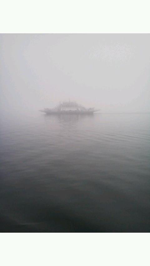 濃霧_b0201492_1826255.jpg