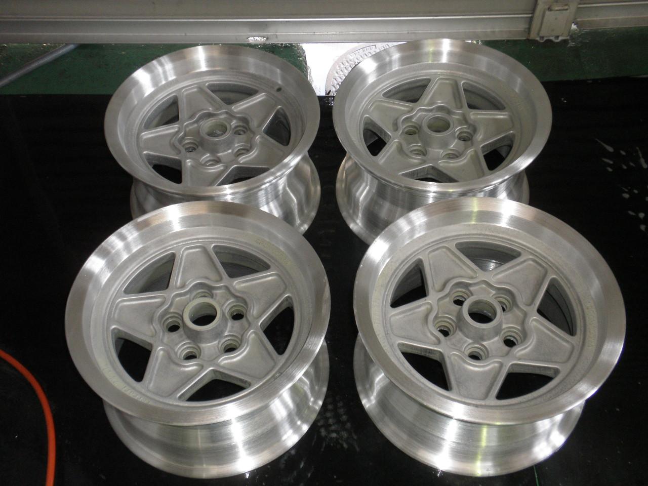 wheel repair_a0129711_17194129.jpg