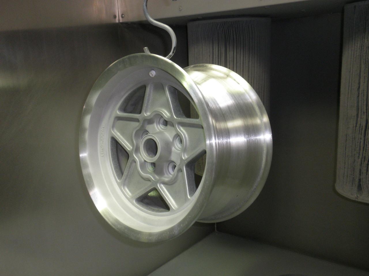wheel repair_a0129711_1720489.jpg