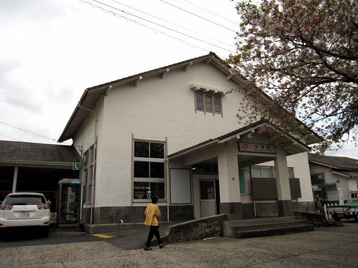 駅舎_c0051620_2152411.jpg