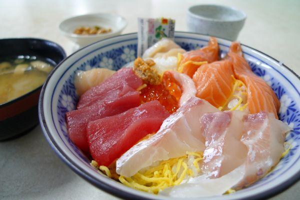 「市場の食堂」さん   (滋賀県甲賀市)_d0108737_12171111.jpg