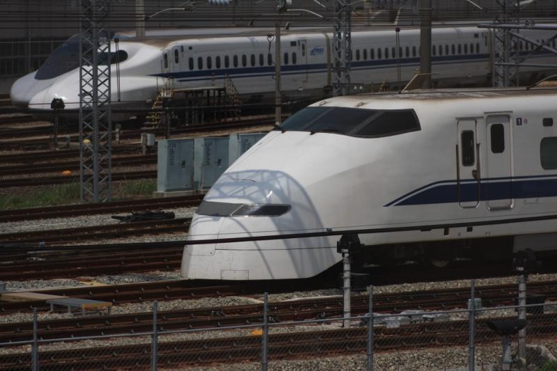 新幹線基地_b0190540_8395925.jpg