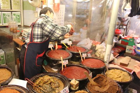 京東市場(キョンドンシジャン)のお気に入りのお味噌屋さん_a0223786_16534264.jpg