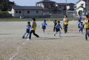 親子サッカー教室 6年生を送る会_c0218303_23104318.jpg