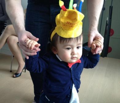 息子1歳になりました。_a0159707_434257.jpg
