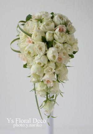 白バラのキャスケードブーケ ウェスティンホテルさんへ_b0113510_14404266.jpg