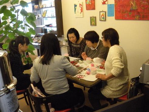 フラワーアレンジメント教室開催しました@Caféニコ_b0136223_1871597.jpg