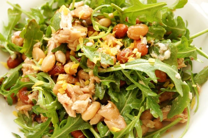 塩麹を使って♪豆とルッコラのレモン風味サラダ_d0104926_2414368.jpg
