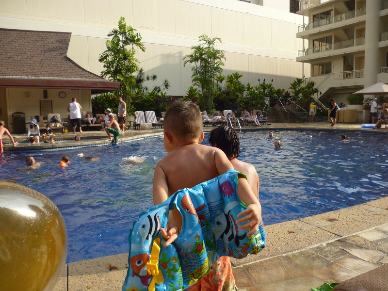 2011~12HAWAIIカウントダウン旅行記~アウトリガーリーフのプールとビーチ~_f0011498_16221259.jpg