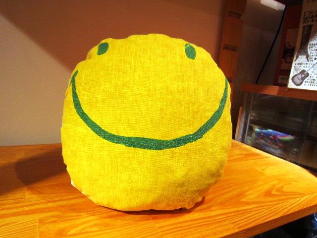 "JACKSON MATISSE \""SMILEクッション\"" ご紹介_f0191324_9285058.jpg"