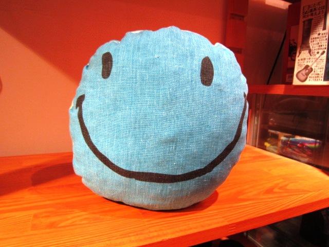 "JACKSON MATISSE \""SMILEクッション\"" ご紹介_f0191324_930633.jpg"