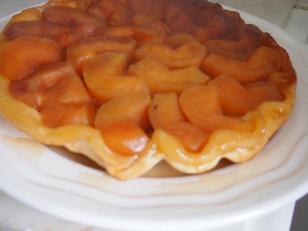 フランスのお袋の味、Tarte Tatin (タルタ・タタン) _f0152733_2115364.jpg