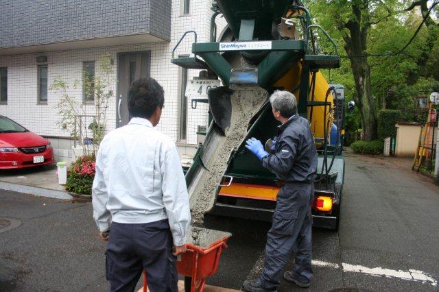 防水・鉄骨補強工事が順調に進んでいます(東京都府中市)_e0207151_17311417.jpg