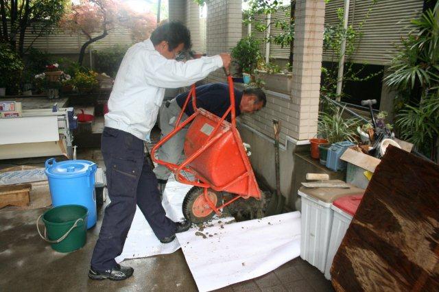 防水・鉄骨補強工事が順調に進んでいます(東京都府中市)_e0207151_17312473.jpg