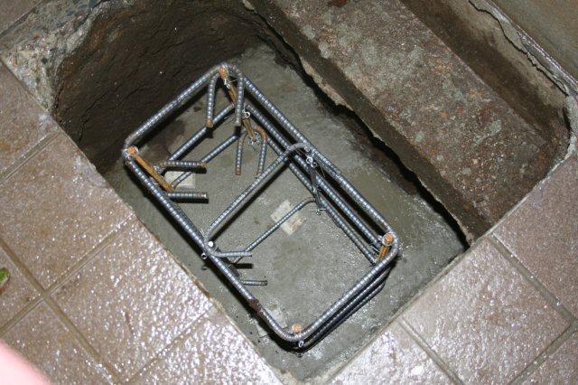 防水・鉄骨補強工事が順調に進んでいます(東京都府中市)_e0207151_173167.jpg