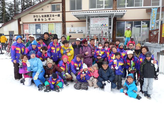 雪遊び&スキーツアーに行きました!_c0214657_1758167.jpg