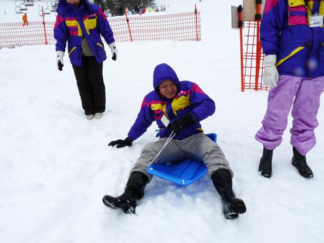 雪遊び&スキーツアーに行きました!_c0214657_1758735.jpg