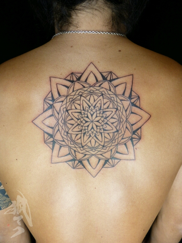 tattoo_e0261276_2320629.jpg