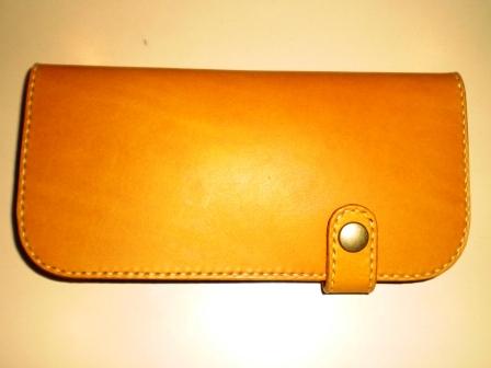 オーダーのお財布ができあがってきました!_b0080287_2071494.jpg