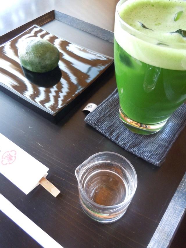 京都の虎屋カフェ_c0213220_15503631.jpg