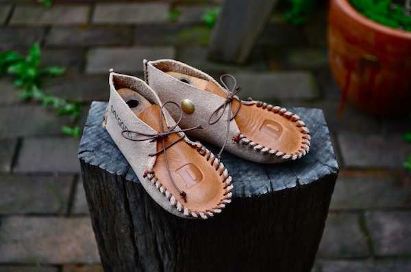 my first shoes_b0172633_2021435.jpg