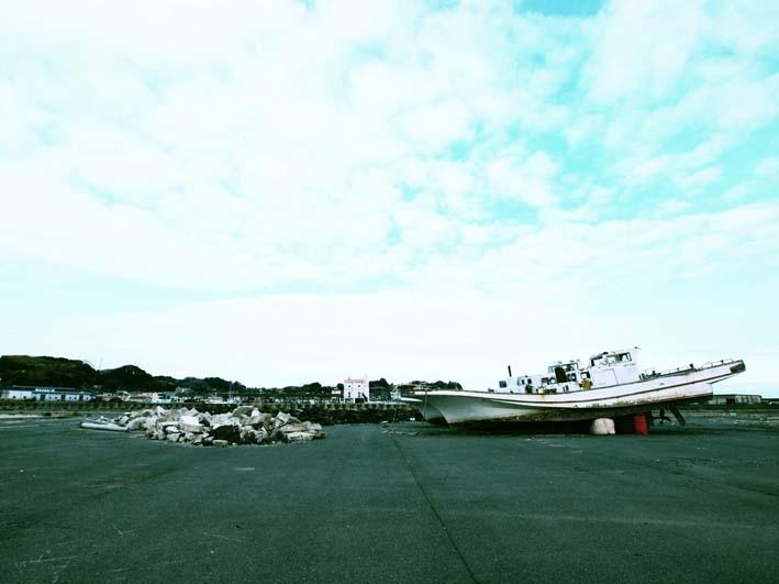 黙した漁港-Ⅲ_d0149245_2153668.jpg