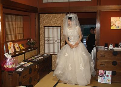蔵織で結婚式がありました・・・_d0178448_18594961.jpg
