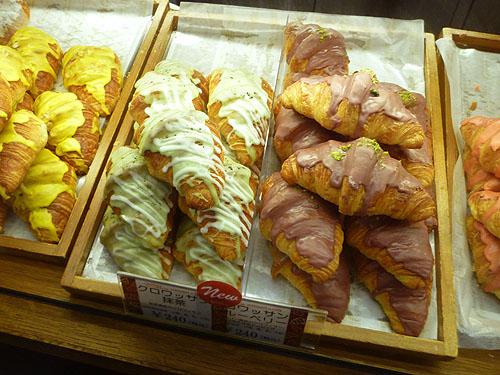 【閉店】dominique saibron croissant et cafe_c0152767_21231449.jpg