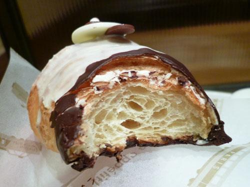 【閉店】dominique saibron croissant et cafe_c0152767_2128346.jpg