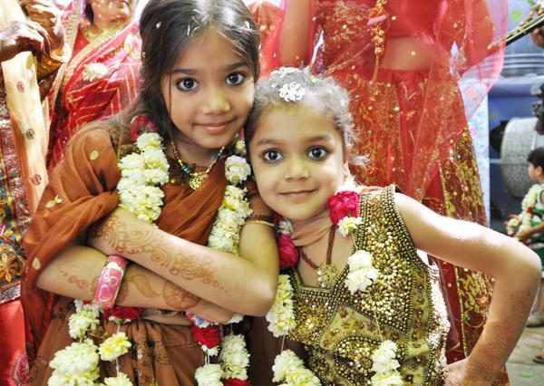 インドの結婚式?!に出くわす!~インド4日目_e0171573_3395978.jpg