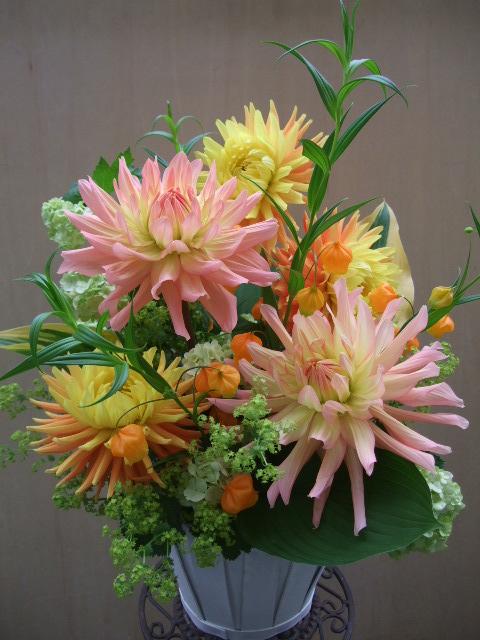 オークリーフ(母の日のあおすすめアレンジメント・花束)_f0049672_11382291.jpg