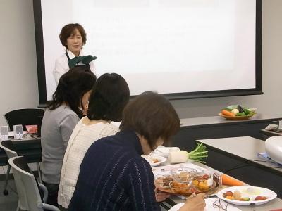 ++大満足続出!野菜教室ミニトマト編++_e0140921_1217173.jpg