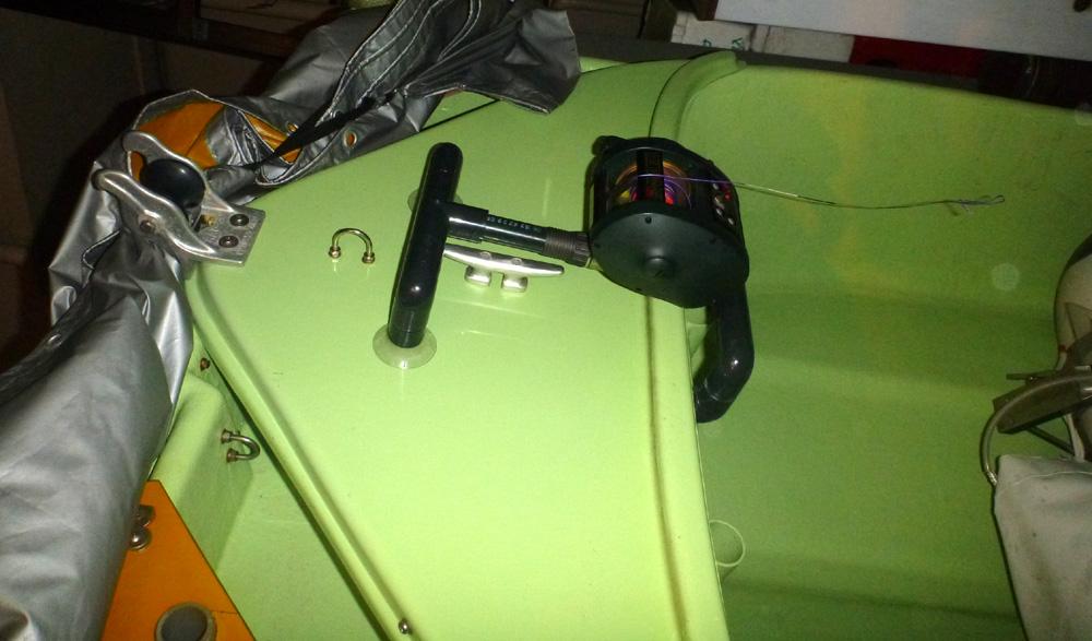 OPAライト 3用 電動アンカーリール台製作。2012年5月2日(水)。 _d0171823_21484752.jpg