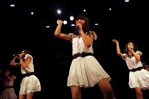 東京女子流、骨折していた小西彩乃も完全復活!全国6都市の2nd JAPAN TOURがスタート!_e0025035_16233213.jpg