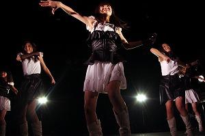 東京女子流、骨折していた小西彩乃も完全復活!全国6都市の2nd JAPAN TOURがスタート!_e0025035_16235285.jpg
