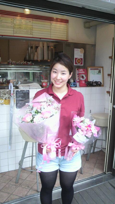 愛香さんのお誕生日!_a0075684_0461451.jpg