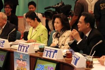沖縄問題は全国問題―特別企画・朝まで生テレビに出演_f0150886_10224331.jpg