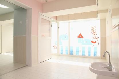 """ルーチェ保育園 豊洲 \""""可愛いパリの子供部屋\""""_a0267292_15271415.jpg"""