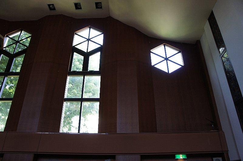 日本キリスト教会札幌北一条教会_c0112559_1232211.jpg