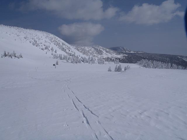 八幡平山スキー_e0264385_23253349.jpg