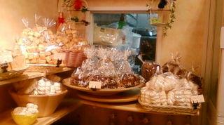 焼き菓子充実!_e0256147_23174331.jpg