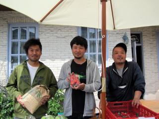 有機野菜市!!!!_a0142059_11121684.jpg