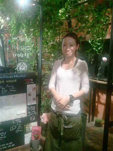 Aoyama Flower Market TEA HOUSEへ行こう!_f0130171_1481359.jpg